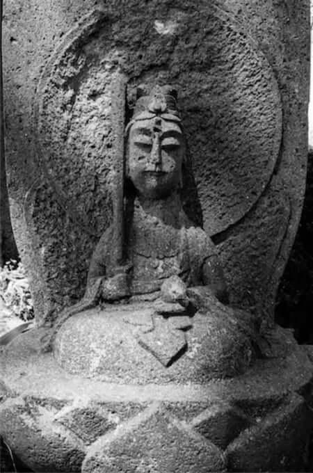 虚空蔵菩薩(宝泉寺の石仏)