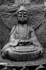 阿弥陀如来(宝泉寺の石仏)