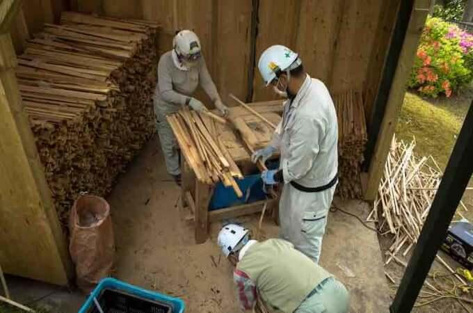 護摩木の製作 金沢宝泉寺