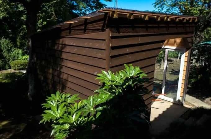 宝泉寺作業小屋の塗装
