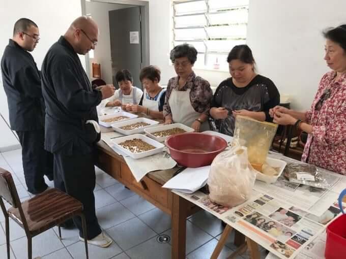 丸香づくり 南米開教区ブラジル別院サンパウロ金剛寺。